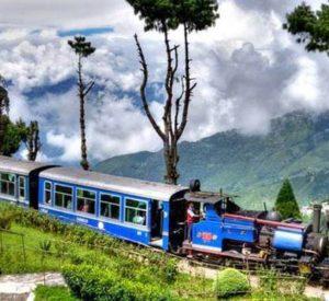 darjeeling-toy-train